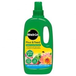 Miracle-Gro Improved Pour & Feed 1L
